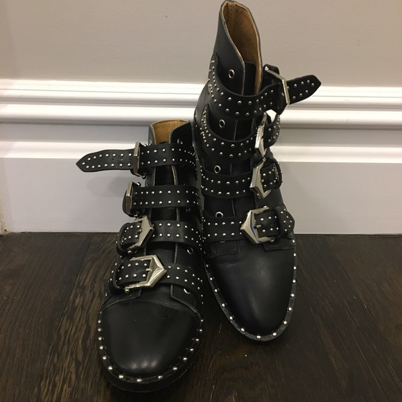 e90607d919c Givenchy Studded Leather Ankle Boots 36